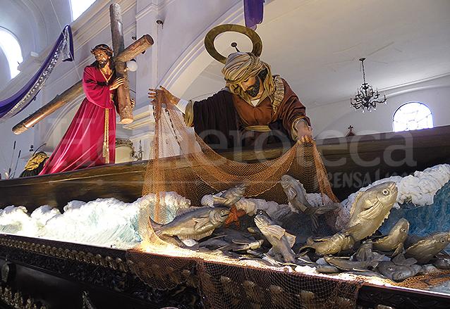 Detalle del adorno del anda de Jesús de San José, basado en un pasaje de la biblia. (Foto: Néstor Galicia)