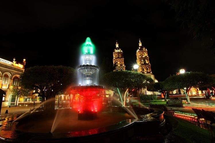 México ofrece a los guatemaltecos diversas opciones para vacacionar. Esta imagen es del centro de Durango. (Foto Prensa Libre: @SECTUR_mx)