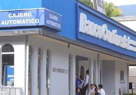 Banco Continental enfrenta señalamientos internacionales. (Foto Prensa Libre: Hemeroteca PL)