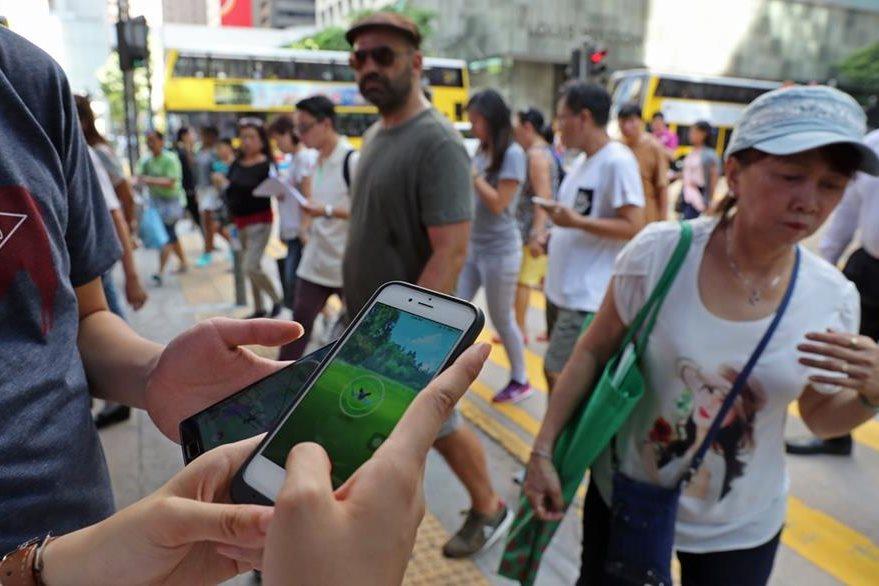 El juego Pokémon Go se ha propagado por todo el mundo. (Foto Prensa Libre: AP)