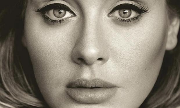 Adele encabeza el listado de las artistas más escuchadas y vistas en canales digitales. (Foto Prensa Libre: Hemeroteca PL)