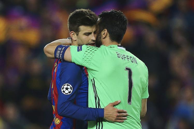 Gerard Piqué agradeció a la afición del Barcelona por el apoyo, a pesar de haber perdido contra la Juventus. (Foto Prensa Libre: EFE)