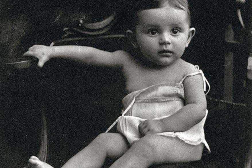 Imagen de Umberto Eco cuando era niño. (Foto Prensa Libre: Hemeroteca PL)