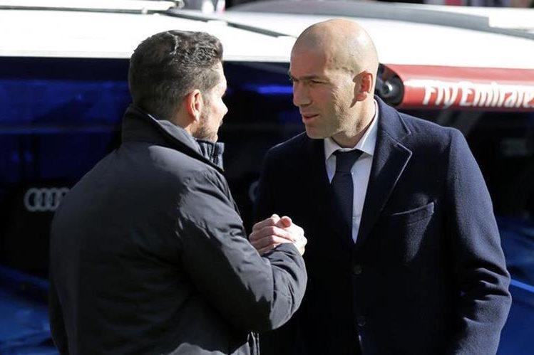 Simeone y Zidane se vuelven a encontrar en un partido de la Liga de Campeones al mando del Atlético y Real Madrid respectivamente. (Foto Prensa Libre: Hemeroteca)