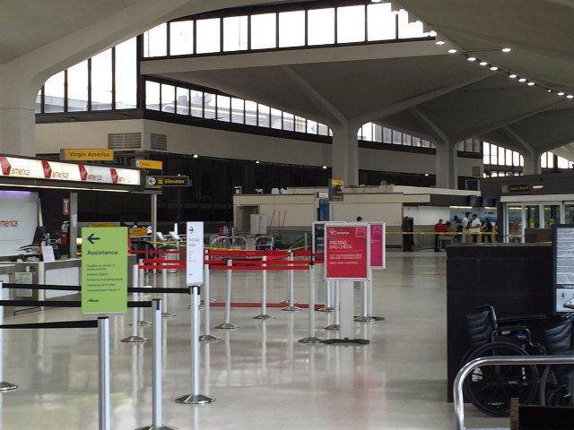 Evacuaron el aeropuerto de Newark por una falsa alarma — EEUU