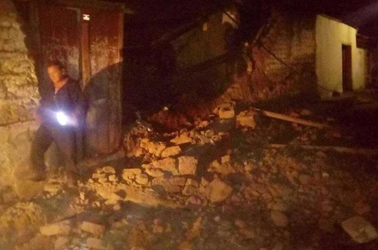 En Quetzaltenango casas de adobe sufrieron daños.