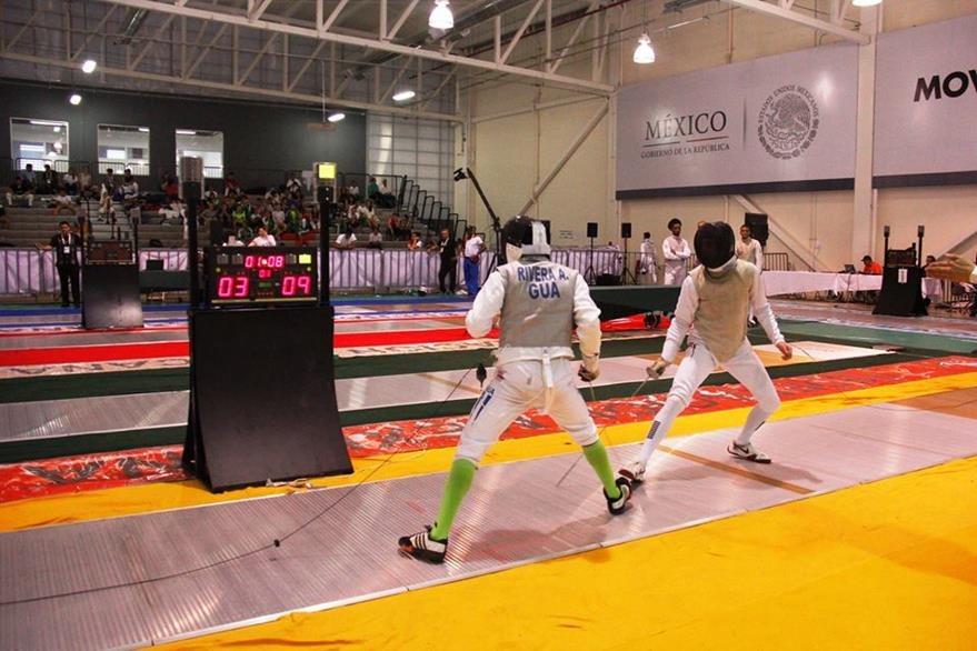 La esgrima también dio frutos en la tercera jornada de competencia. (Foto Prensa Libre: Cortesía DIGEF)