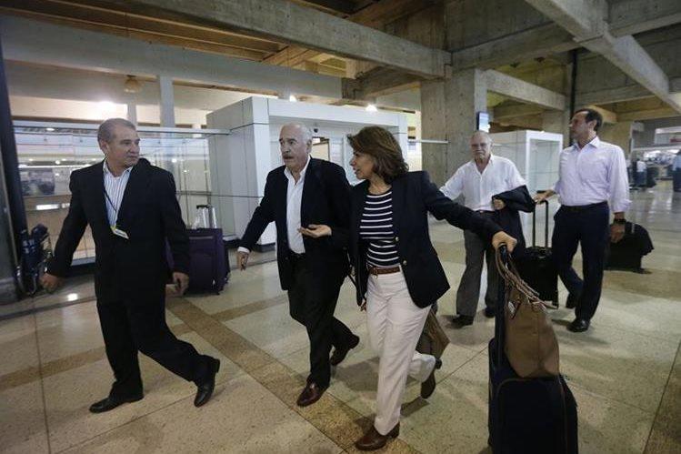 Consulta popular ya comenzó en países de Oceanía y Oriente Medio — VENEZUELA