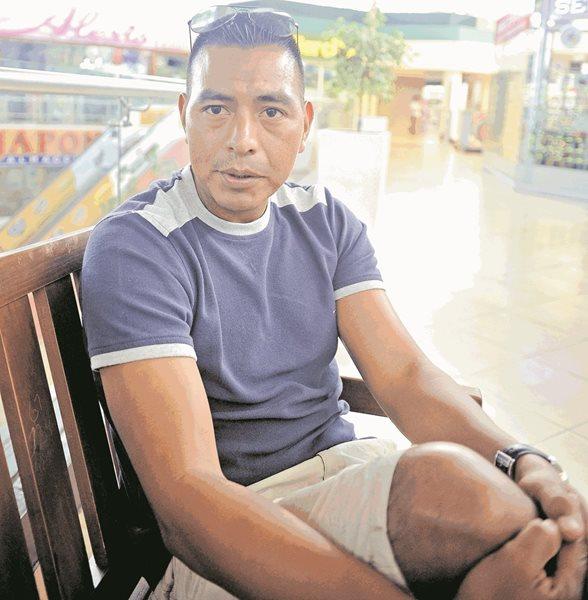 El silbante nacional Walter López volverá a estar presente en un partido de futbol de los Juegos Olímpicos de Río 2016 (Foto Prensa Libre: Edwin Fajardo)