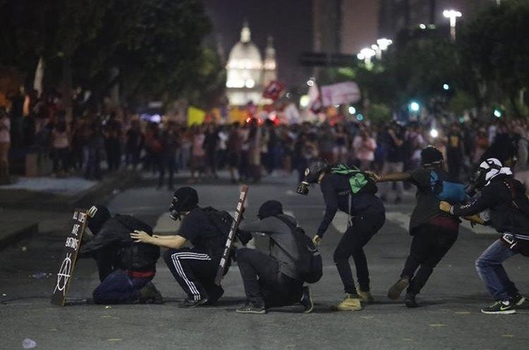 Protestas en Río de Janeiro, Brasil, por escándalo de corrupción. (AP)