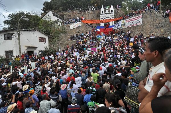 sepelio de la defensora de derechos humanos y del medioambiente Berta Cáceres.