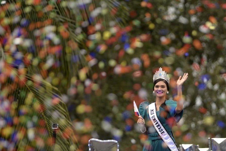 Miss Universo espera continuar su trabajo contra el sida. (Foto Prensa Libre: AFP)