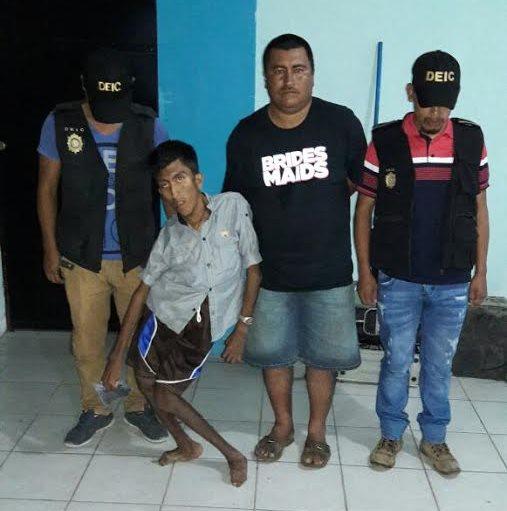 Hermanos sindicados de asesinato en Champerico, Retalhuleu. (Foto Prensa Libre: Rolando Miranda)