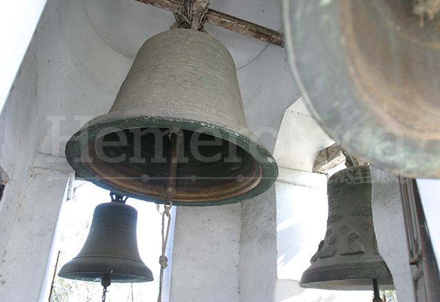 En el campanario de la Ermita del Cerro del Carmen se encuentra la campana conmemorativa del Centenario de la Independencia de Guatemala, tiene grabado el rostro de los próceres.  (Foto: Hemeroteca PL)