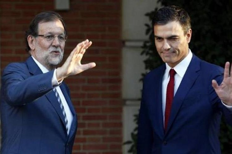 Gobierno y PSOE pactan convocar las elecciones en Cataluña en enero. (Foto Prensa Libre: EFE)