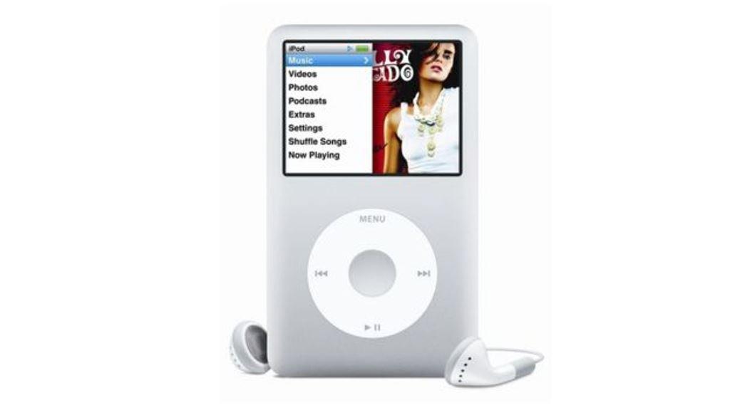 Una edición de 2004 del reproductor de música de Apple se vendió por miles de dólares en eBay. APPLE