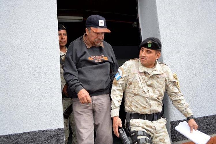 Héctor Alejandro Tello Valiente tendrá que solventar su situación ante las autoridades. (Foto Prensa Libre: Mike Castillo).