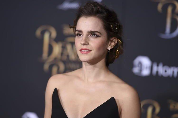 Emma Watson ha sido el blanco de críticas por sus fotografías para la revista Vanity Fair. (Foto Prensa Libre: AP).