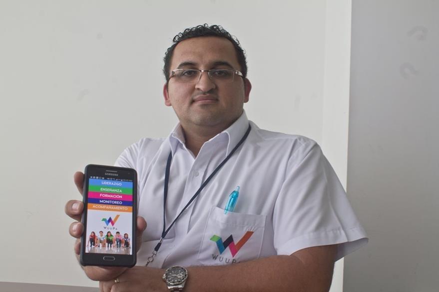 Bilkar Montoya habló sobre la aplicación WuuPa. (Foto Prensa Libre: Josué León)
