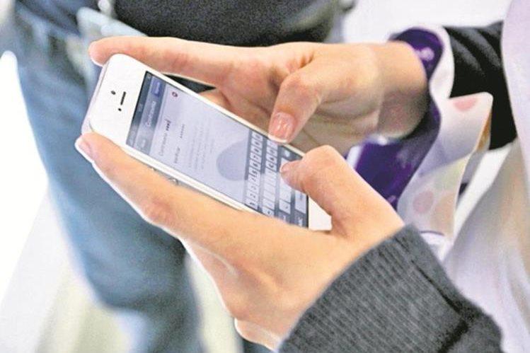 Varios usuarios reportar quejas por no poder realizar llamadas. (Foto Prensa Libre: Hemeroteca PL)