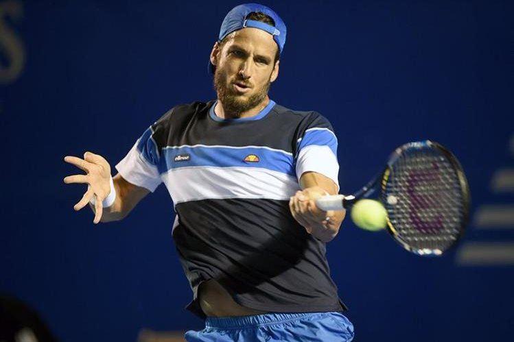 El español Feliciano López manifestó hoy su deseo de que su compatriota Rafael Nadal y el serbio Novak Djokovic. (Foto Prensa Libre:AFP)