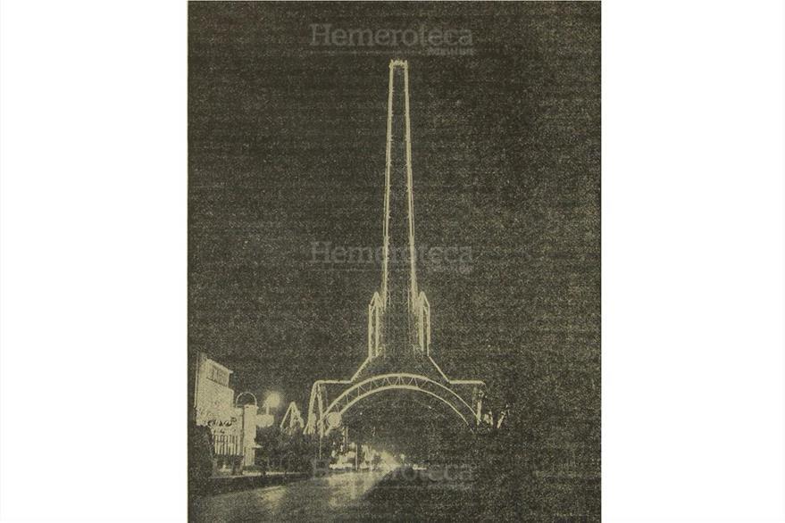La Torre del Reformador luce magnífica iluminación luego de que la Cervecería la   donara, el 27/9/1958. (Foto: Hemeroteca PL)