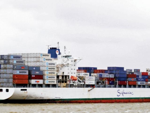 EL buque portacontenedores Safmarine Nokwanda arriba mañana a la nueva terminal, a las 14.30 horas.