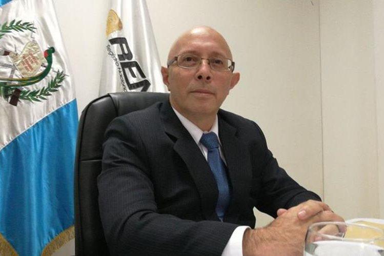 Enrique Octavio Alonzo Aceituno es el nuevo director ejecutivo de Renap. (Foto Prensa Libre: Érick Ávila)