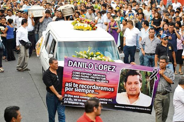 EL TRABAJO que Danilo López, corresponsal de Prensa Libre, realizó en la provincia y su don de servicio fueron exaltados en homenajes póstumos.