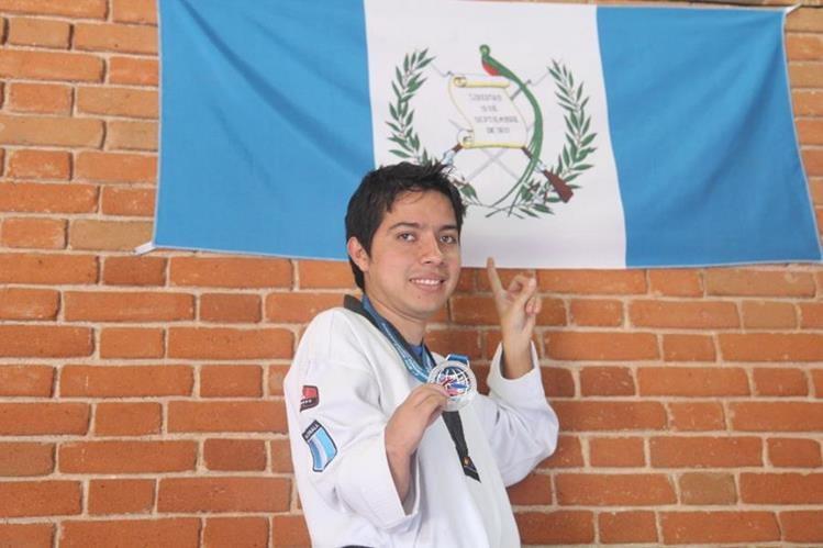 Gersson Mejía obtuvo medalla de oro en el Para Panamericano de Taekuondo en Costa Rica. (Foto Prensa Libre: CDAG)
