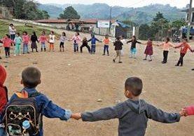 La Educación Física tiene como objetivo hacer que el ser humano se mantenga en movimiento para desarrollarse mejor. (Foto Prensa Libre: Hemeroteca)