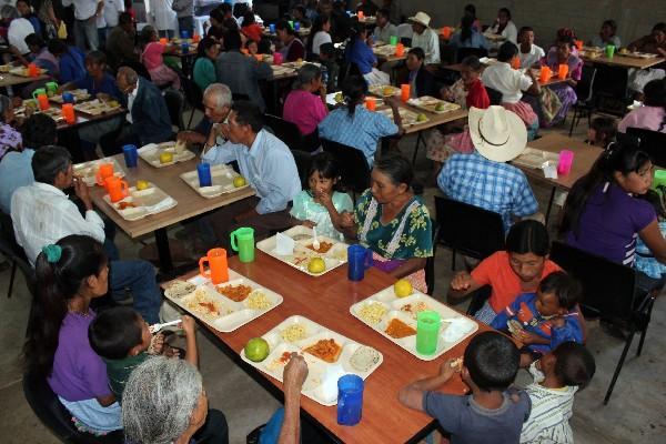 El Mides ha fraccionado los servicios de alimentos para los comedores seguros.