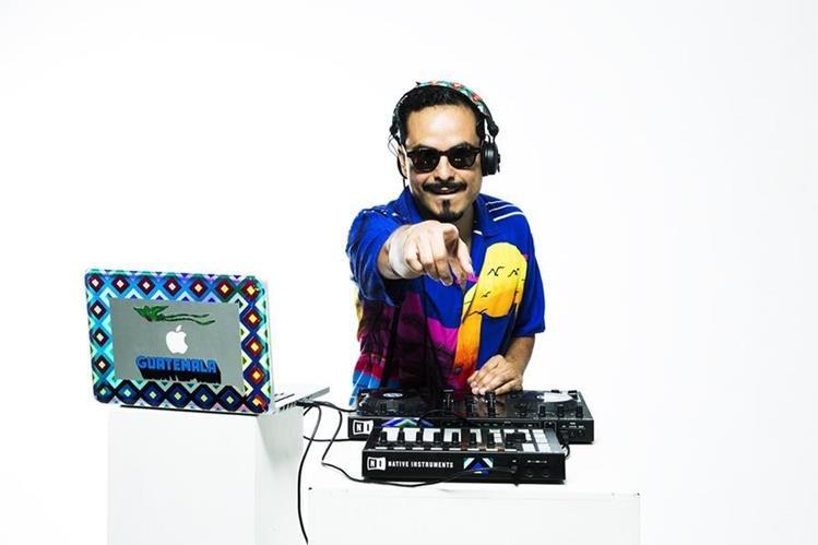 Dj Masaya mezcla sonidos electrónicos con música de marimba. (Foto Prensa Libre: Cortesía DJ Masaya)