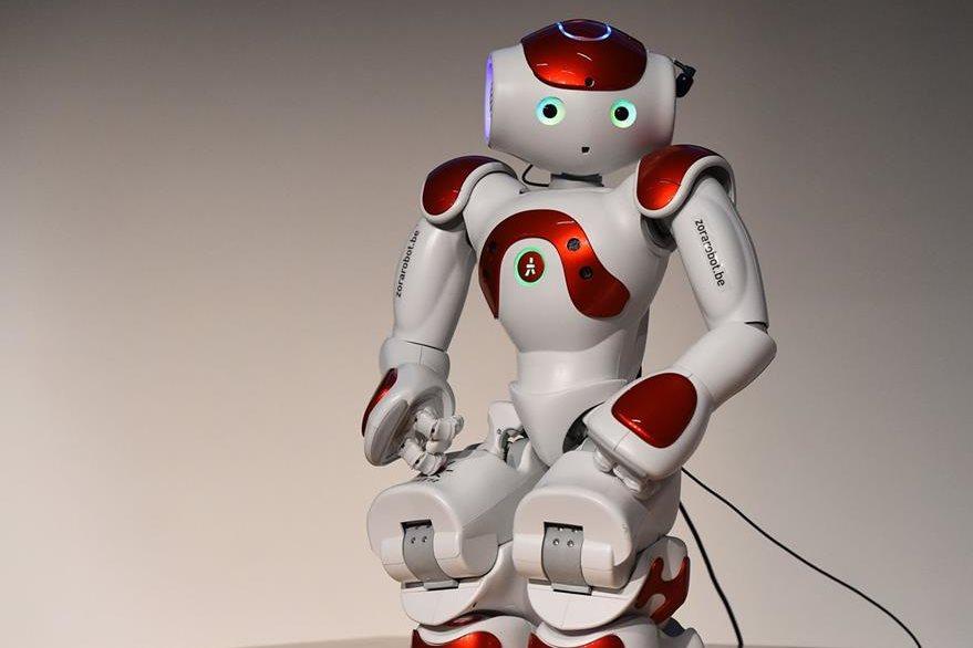 El robot Mario atiende a clientes en 19 idiomas (Foto Prensa Libre: AFP).