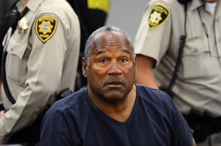 El jugador de futbolista americano había enfrentado antes un proceso judicial por asesinato. (Foto Prensa Libre: AFP)