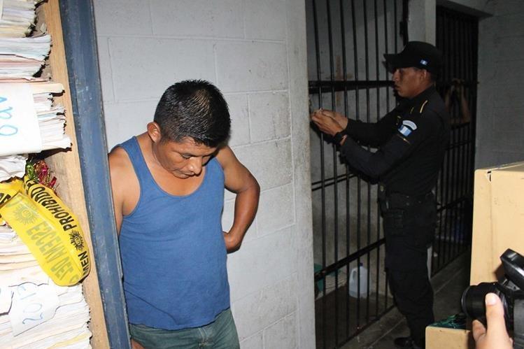 Marcelino Mo es señalado de violación, en Poptún, Petén. (Foto Prensa Libre: Walfredo Obando)