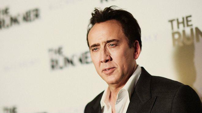 El actor Nicolas Cage tenía en su propiedad un cráneo de dinosaurio. (Foto Prensa Libre: Hemeroteca PL)