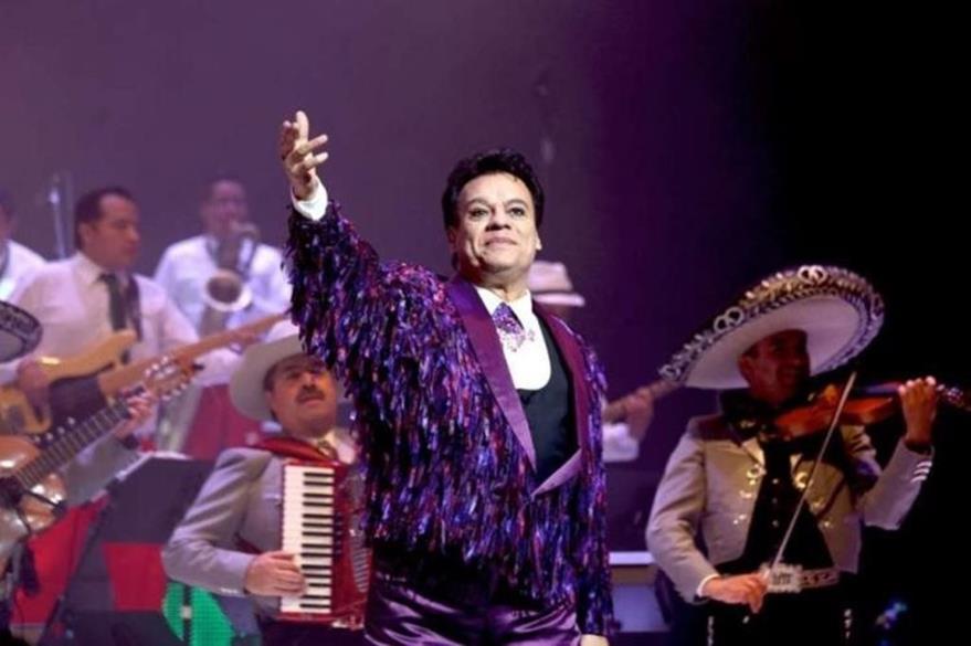 Juan Gabriel vendió millones de discos a lo largo de su carrera musical. (Foto Prensa Libre: Hemeroteca PL)