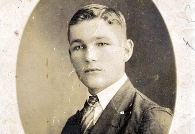 Un jovencísimo Juan José Arévalo a los 18 años en 1922. (Foto: CIRMA)