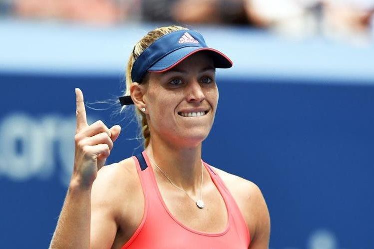 Kerber festeja luego de quedarse con el boleto a semifinales. (Foto Prensa Libre: AFP)