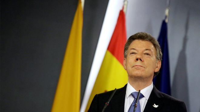 Juan Manuel Santos logró un histórico acuerdo de paz con las FARC, pero fue rechazado en un plebiscito por los colombianos. REUTERS