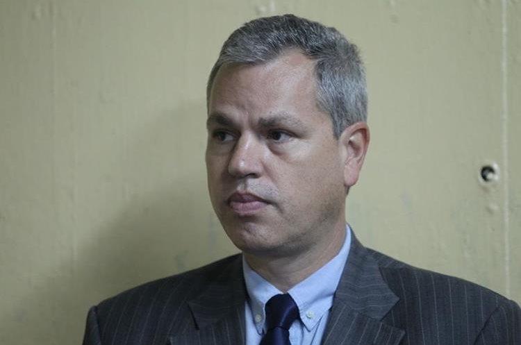El 28 de junio último, la Corte Suprema de Justicia dio con lugar el antejuicio contra el diputado Boussinot, quien habría llevado personal de su confianza al Congreso.