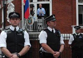 Julian Assange se encuentra refugiado en la Embajada de Ecuador desde junio del 2012.