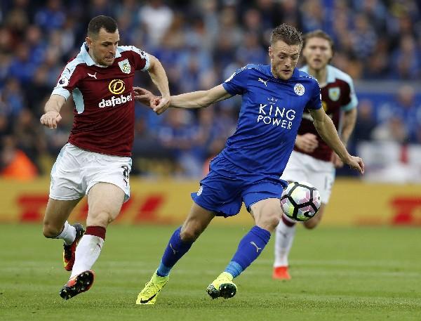 El campeón inglés, Leicester City fue uno de los equipos más vistos en la temporada 2015-2016. (Foto Prensa Libre: AFP)