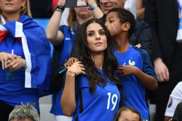 Ludivine Sagna esposa del jugador frances Bacary Sagna. (Foto Prensa Libre: AFP)