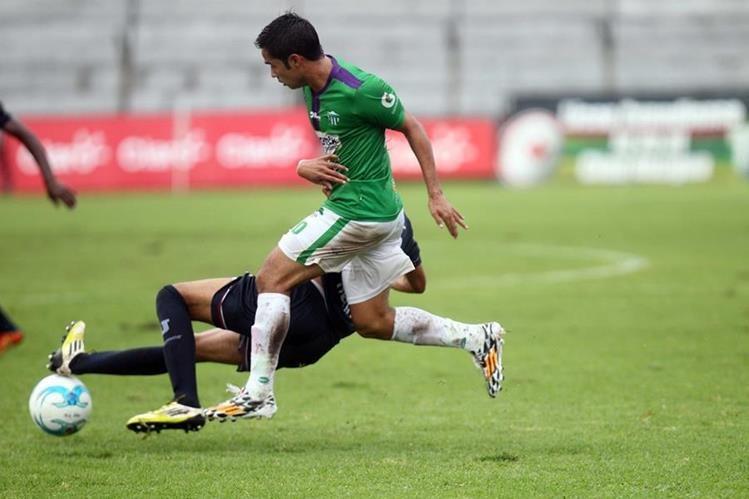 Algunos estadios se encuentran afectados por la intensidad de las últimas lluvias. (Foto Prensa Libre).