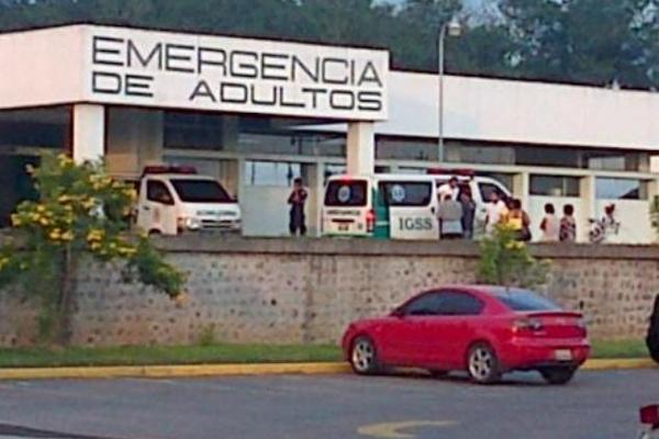 """<p>Varios de los heridos fueron trasladados al hospital del IGSS de Mazatenango. (Foto Prensa Libre: Danilo López)<br _mce_bogus=""""1""""></p>"""