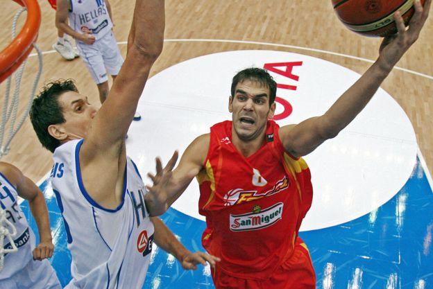 El mayor logro de su carrera lo alcanzó en 2006 cuando conquistó el mundial de baloncesto con España. (GETTY IMAGES)