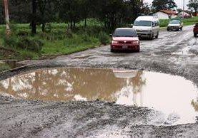 El 84 por ciento de las carreteras del país están en malas condiciones, según informó el Gobierno de Guatemala. (Foto Prensa Libre: Hemeroteca PL)