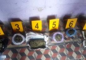 Unas 15 libras de marihuana fueron decomisadas en la zona 1. (Foto Prensa Libre: PNC)